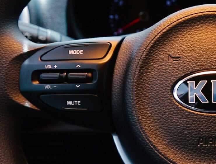 Control de audio del timon del Kia Picanto