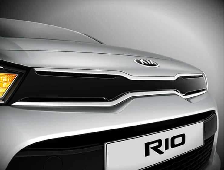 Nariz de Tigre Kia Rio Hatchback