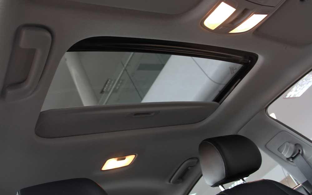 Sunroof Kia Rio Hatchback